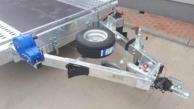 Přívěs UNK AD2100x4100 plato sklopné rampa 2700kg uložení rez. kola a navijáku