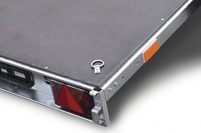 Přívěs Zaslaw 205SU 205x122x35 750kg sklopný - masivní uložení sloupku, kotvící úchyt