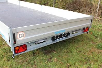 konstrukční rychlost 130km/h u přívěsu TANTECH UNK PB2 02DB 3500t 2,48x8,06