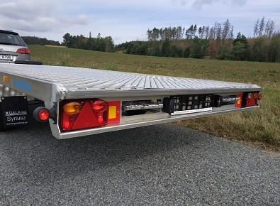 Přívěs FLAT ALU 406x200 cm 2,7t hliníkový - uložení nájezdů