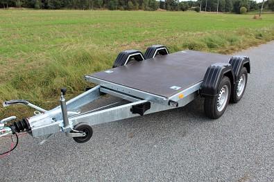 Přívěs Zaslaw 265TH, brzděný, celková hmotnost 2000kg, oddělávací bočnice, plato