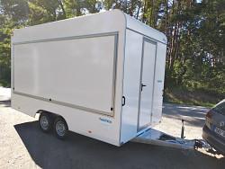 Přívěs prodejní stánek TH 422T.00 2000kg