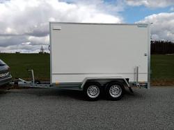 Přívěs skříňový Martz BOX 300/2 2000kg